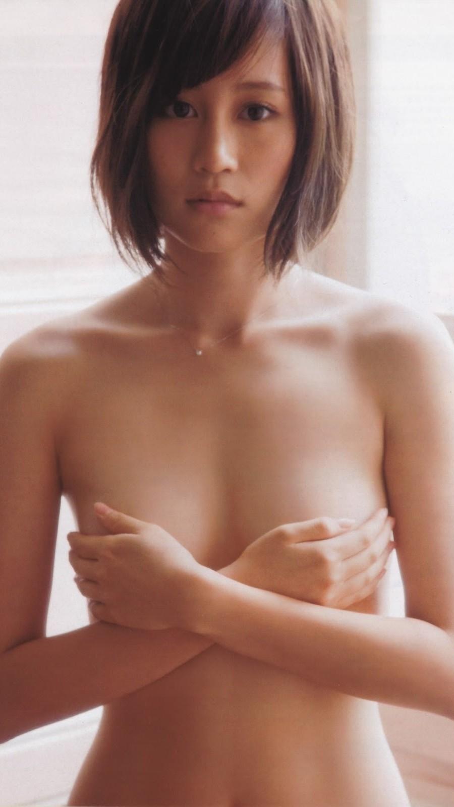 前田敦子 手ブラ画像