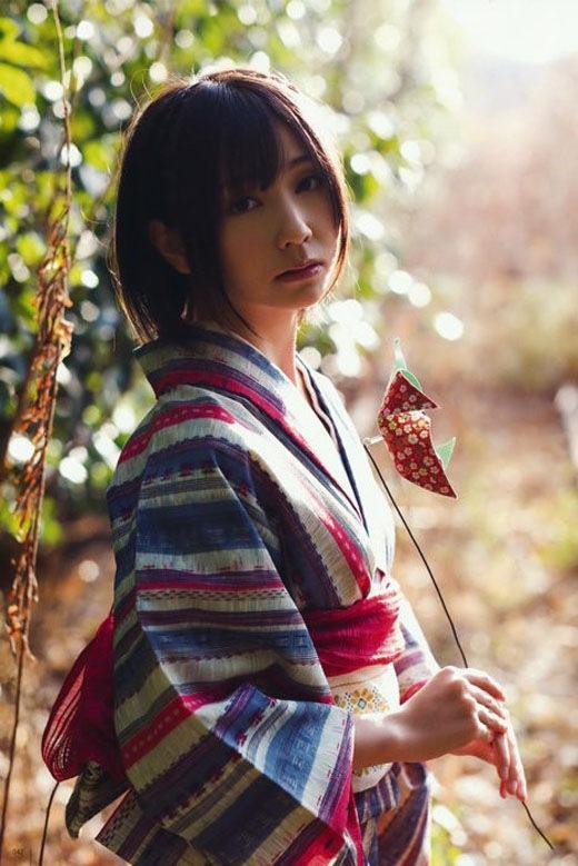 着物や浴衣を着た和服美人なお姉さんのエロ画像 72
