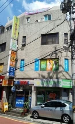 201407_SeungYeon_building.jpg