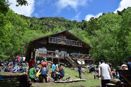 4庚申山荘