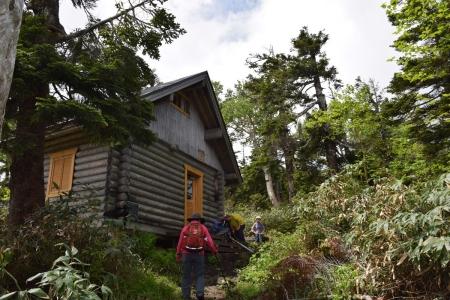 15避難小屋