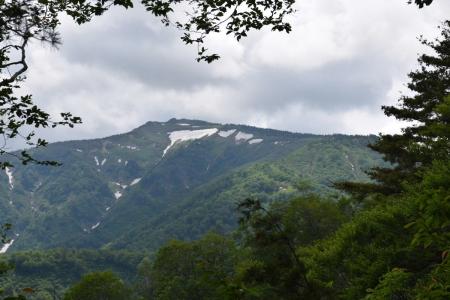 31三岩岳