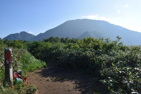 57日向山