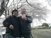 蓮田で花見12