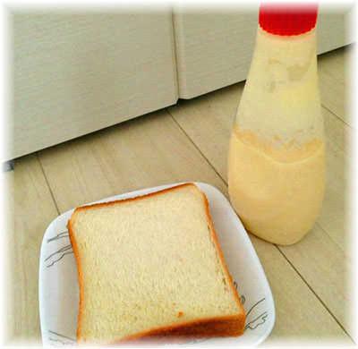 マヨネーズと食パン
