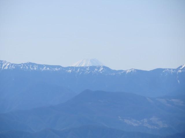 5月18日 南アルプス越しの富士山