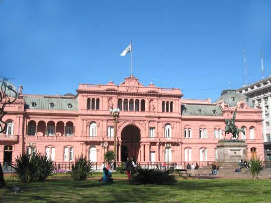 Casa_Rosada_in_Buenos_Aires.jpg