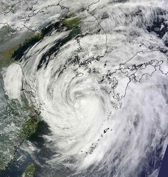 7月の台風 by占いとか魔術とか所蔵画像