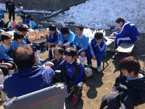 記録的な大雪の影響で久しぶりのサッカー【2013年度 練習試合】@保木グランド/少年サッカー