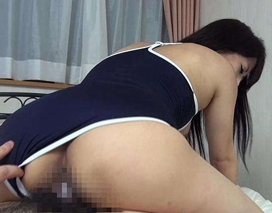 妹のムチムチしたスク水ハイソ姿に我慢出来ず無理やり着衣SEXの脚フェチDVD画像4