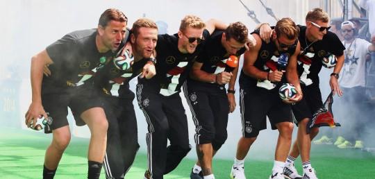 German-soccer-players-from-left-Roman-W.jpg