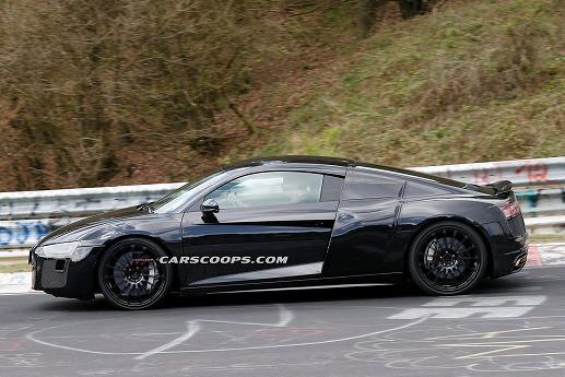 2016-Audi-R8-Black-014.jpg