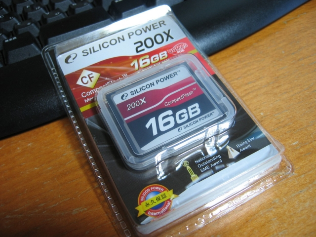 siliconpower_SP016GBCFC200V10_05.jpg