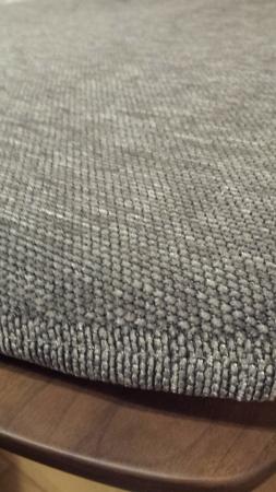 シビルチェアの灰色のクッション座布団 生地拡大図
