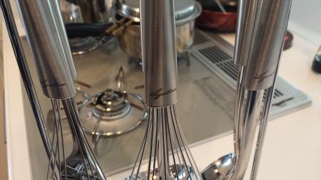 ラゴスティーナのキッチンツール6点setステンレスがとっても美しいデザイン