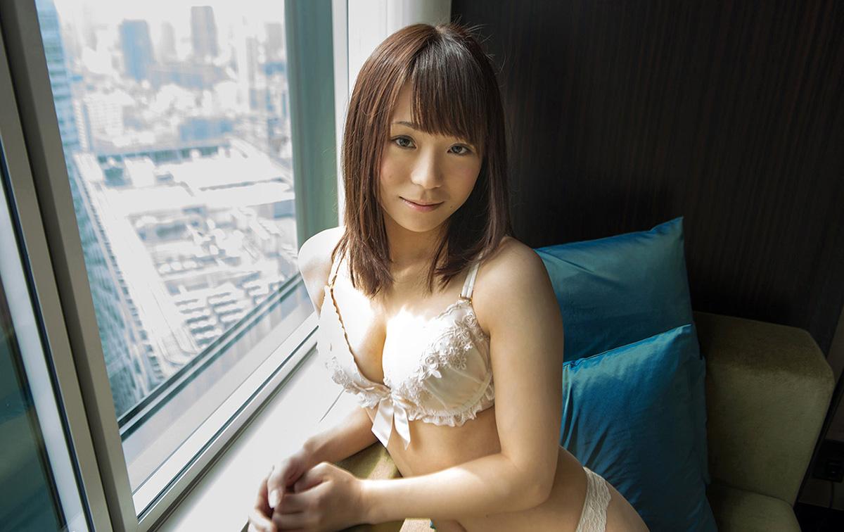【No.13597】 綺麗なお姉さん / 鳴美れい