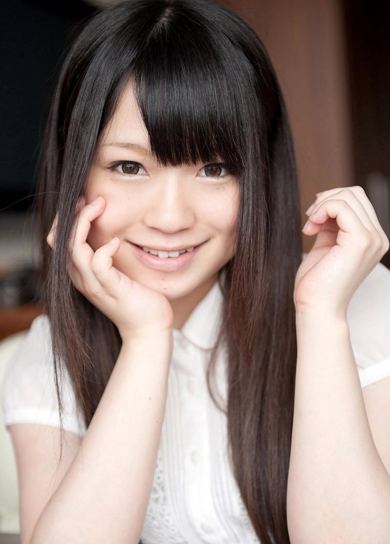 【No.16995】 微笑み / 南梨央奈