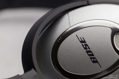 Bose QuietComfort 15 ハウジング