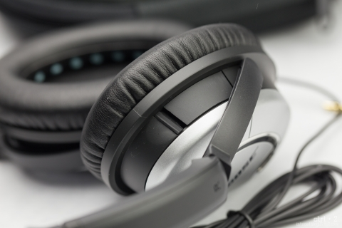 Bose QuietComfort 15 電池