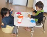 子供 テーブル