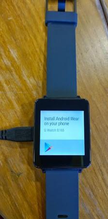 充電中のLG G Watchの写真がリーク