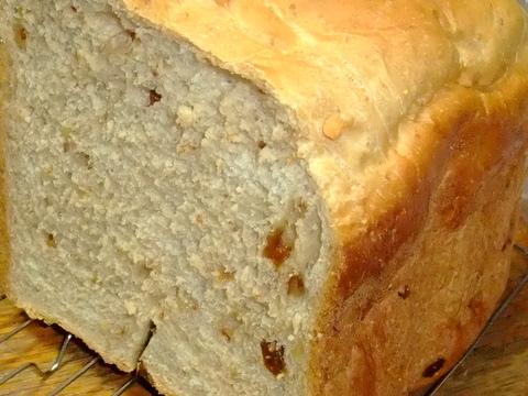 くるみといちじくのパン