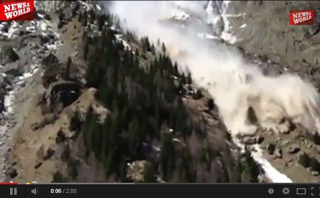 アフガニスタン北東部で大雨による大規模な地滑りが発生