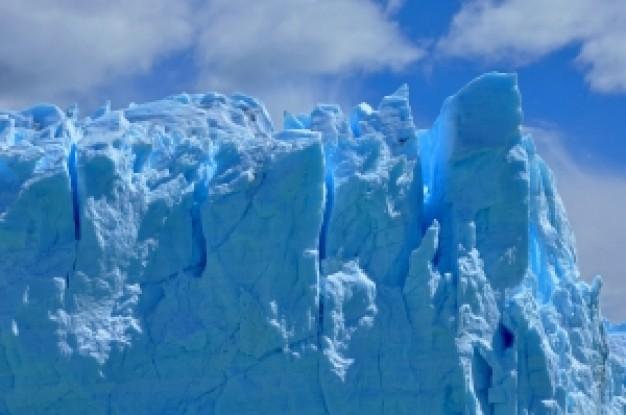 グリーンランドの雪や氷に「異変」